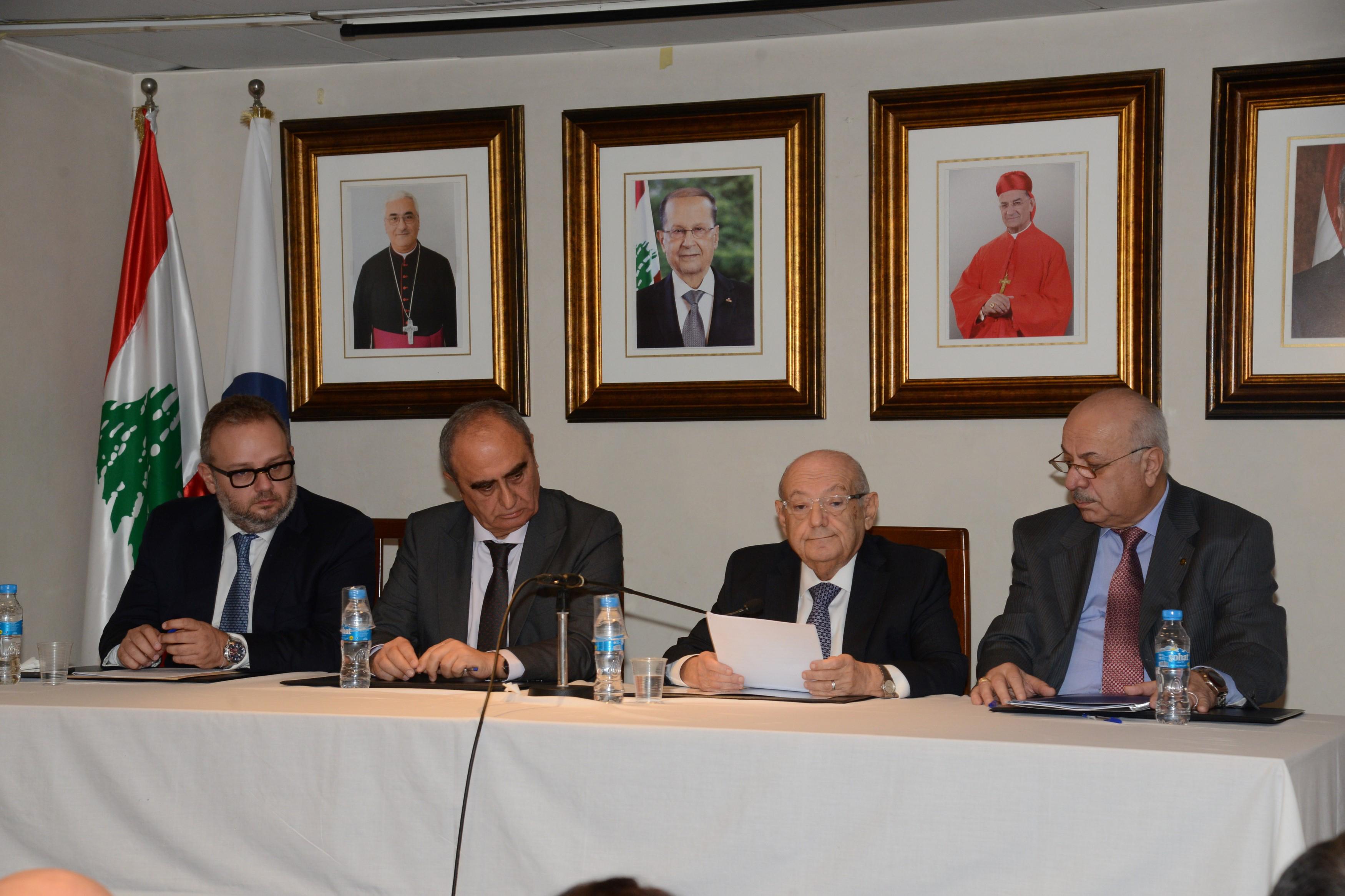 الرابطة المارونية : لتحديد الموقف الرسمي من نظام لبنان  السياسي