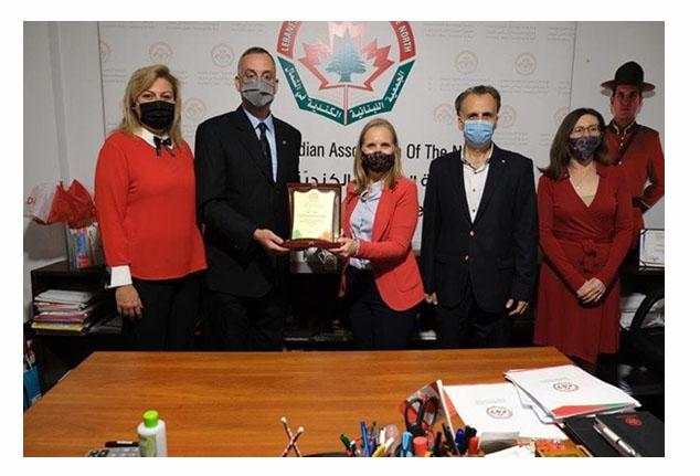 السفيرة الكندية في لبنان تلتقي رئيس واعضاء الجمعية اللبنانية  الكندية شمالاً